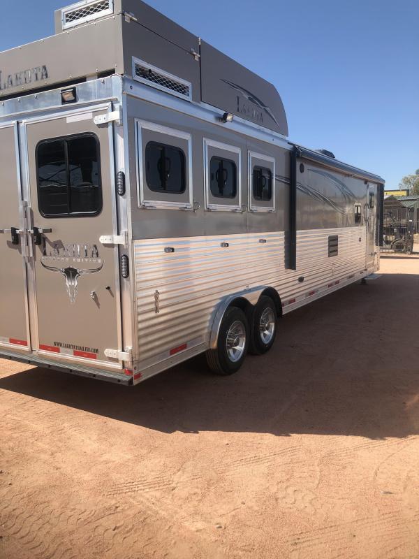 2017 Lakota 3H 8318CE W/ GENERATOR Horse Trailer