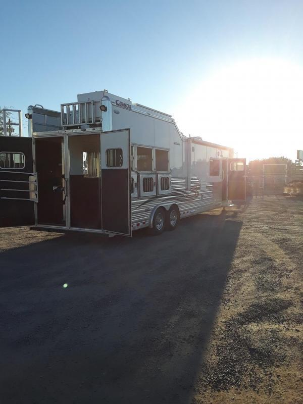 DEMO CIMARRON NORSTAR 3H LQ W/ SLIDED LOADED Horse Trailer