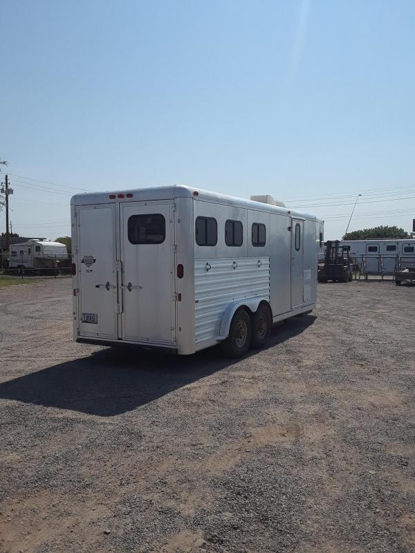 1995 HART 3H 6' LQ WEEKENDER Horse Trailer