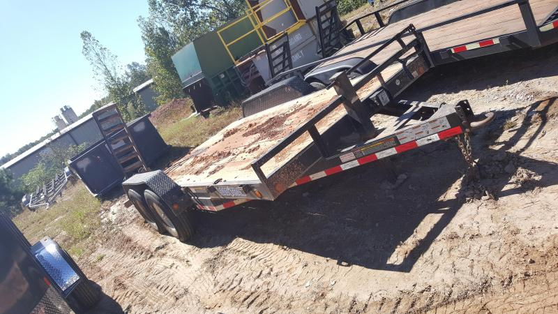 2015 Load Trail 16ft Equipment Trailer in Mc Lain, MS