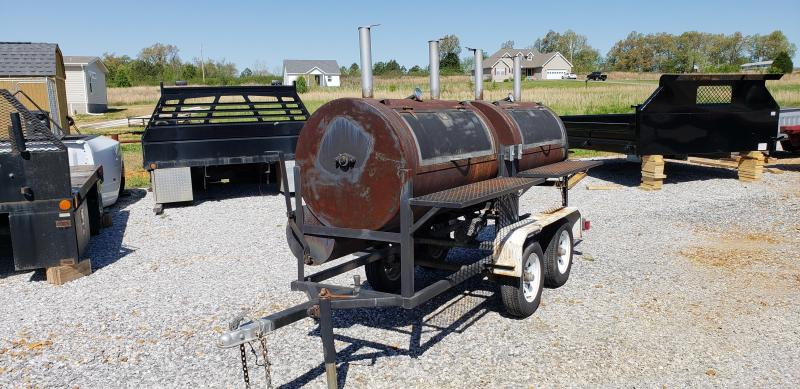 MARROW'S BBQ SMOKER