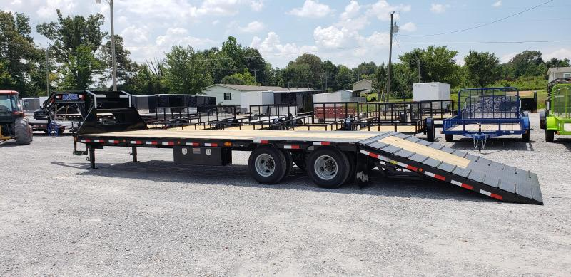 "2018 Load Trail 102""X32' Hydraulic Dovetail Gooseneck Trailer"