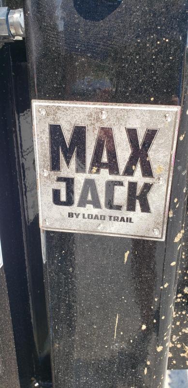 "2019 Load Trail 102""X32' Hyd Dove Gooseneck Trailer"
