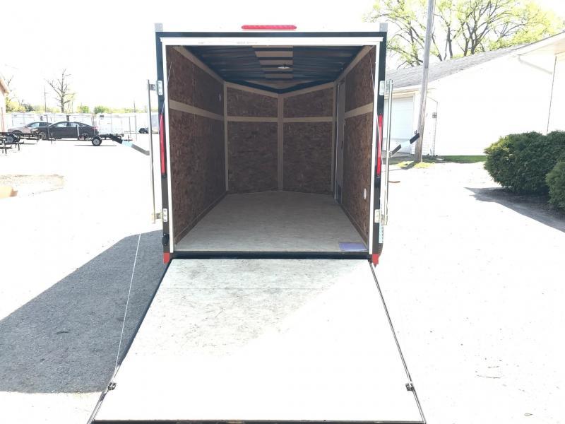 6x10 LOOK DLX w/ Ramp Door