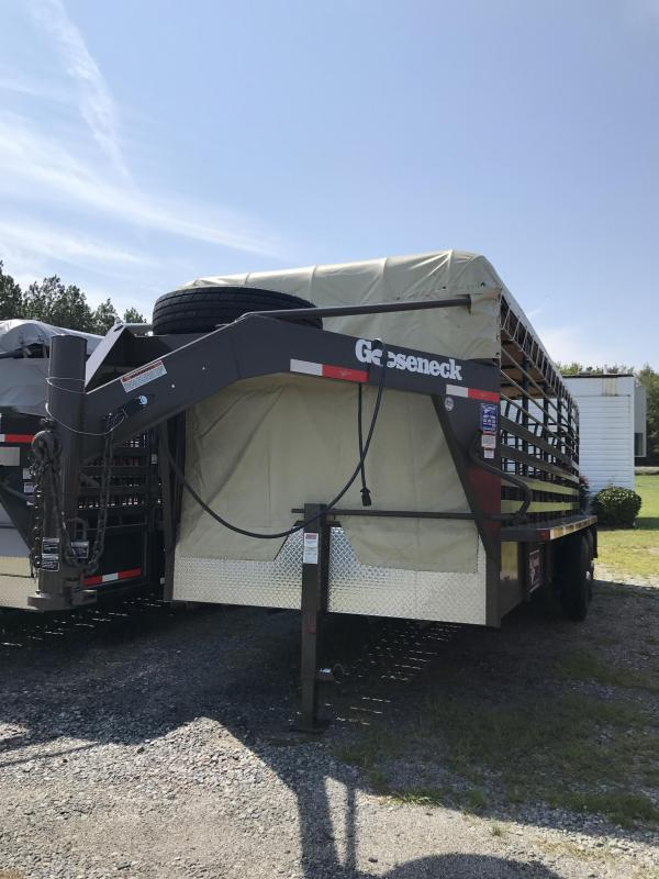 2017 20' Gooseneck Livestock Trailer in Savannah, GA