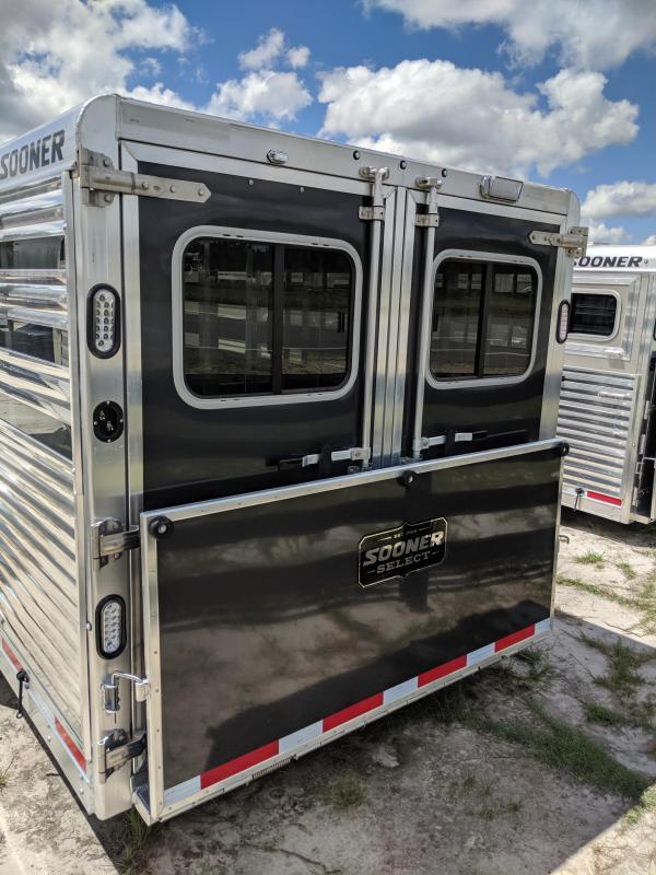 2020 Sooner Select 7024 Livestock Trailer
