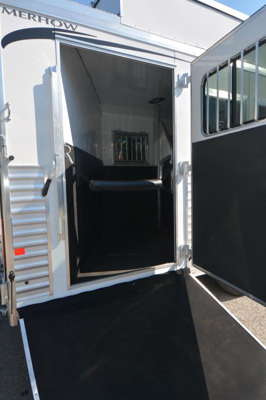 2019 MERHOW 4H WITH SLIDE AND REAR SIDE LOAD