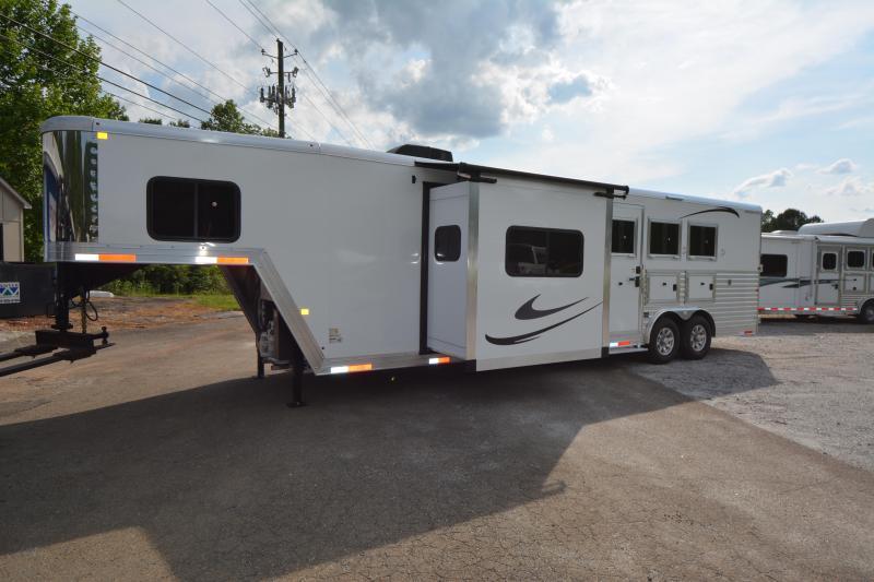 2019 Merhow  3-Horse 13.5 LQ W-Slide