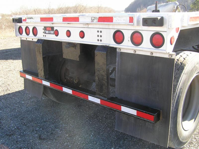 2005 Fontaine flat 48ft trailer