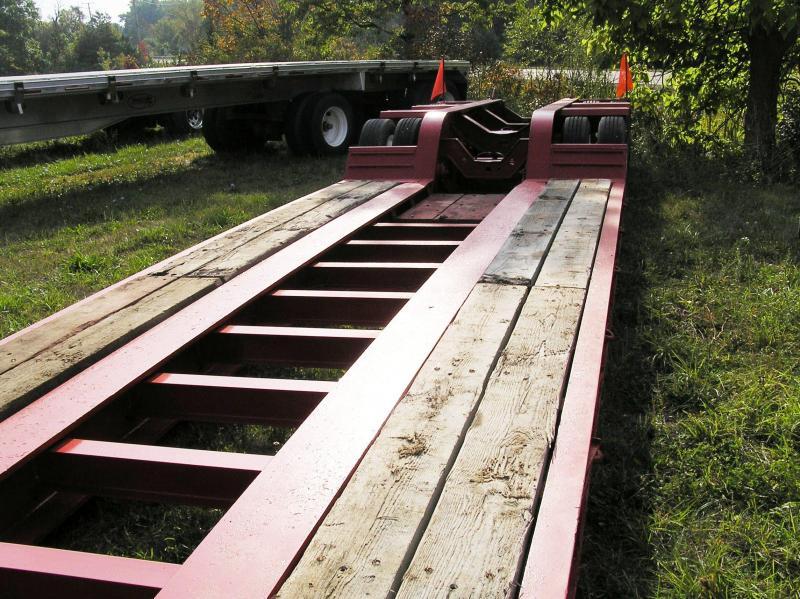 2000 Fontaine 50 ton Low Boy