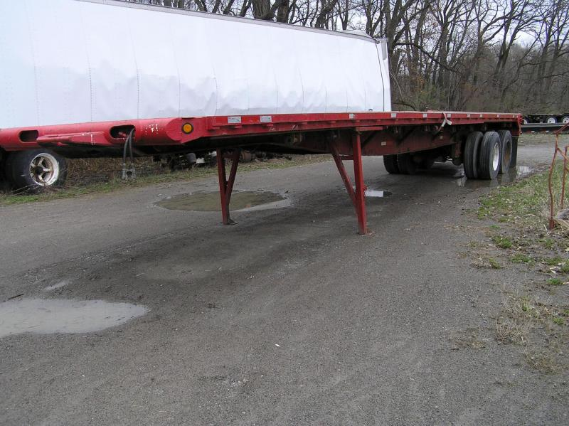 2004 Great Dane Float Flat Bed