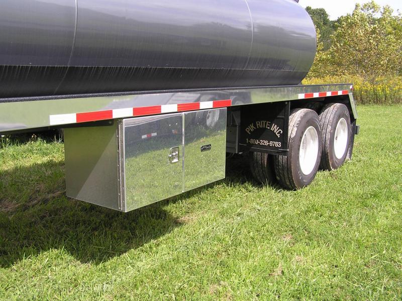 2012 Pik Rite vacuum tanker 130 barrel