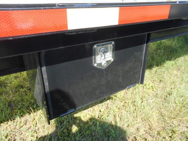 2018 Circle D 31' Flatbed Trailer