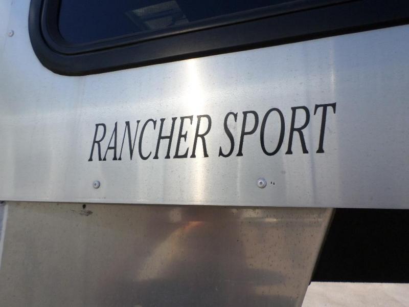 2012 Sundowner 3 Horse Slant