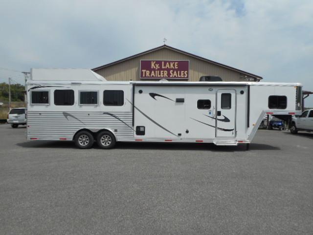 2018 Merhow 8411 RK-RS 4 Horse Trailer