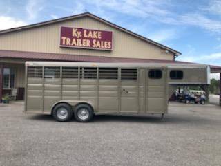 2019 Ranch King 20' Livestock Trailer