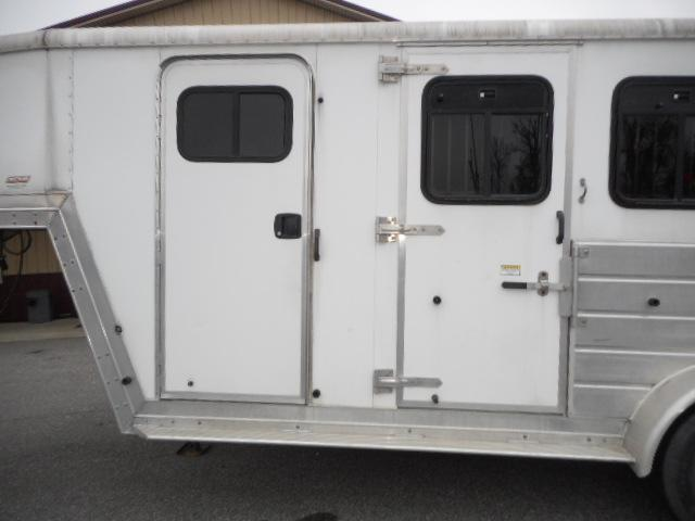 2004 Kiefer Built 3H GN Horse Trailer