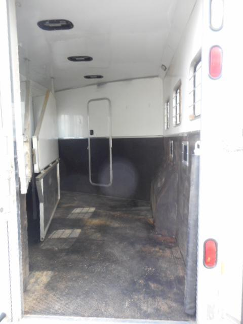 2006 Kiefer Built Genesis E-S103 Horse Trailer