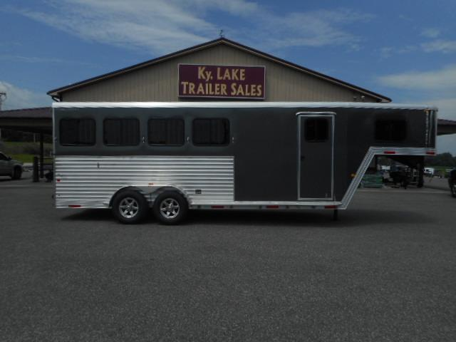 2019 Merhow Trailers 4H SL GN Horse Trailer in Ashburn, VA
