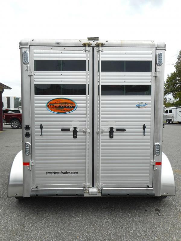 2018 Sundowner 2H Super Sport Horse BP Trailer