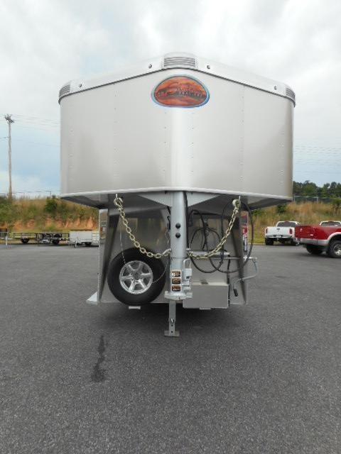 2018 Sundowner 6906 2H Horse Trailer