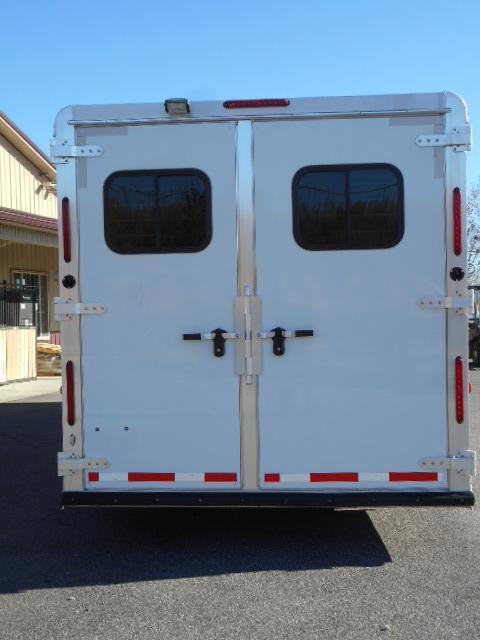 2014 Adam 8310 Horse Trailer