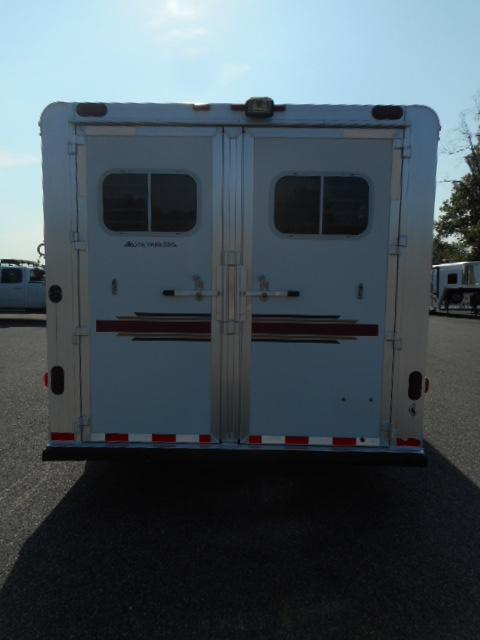 2006 Elite 8411 GN Horse Trailer