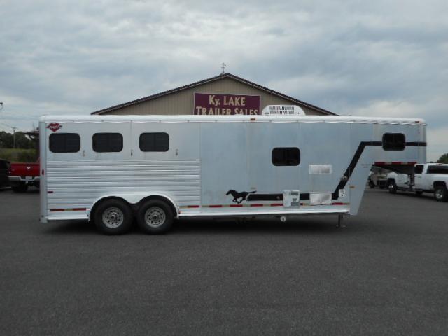 2000 Hart 3H Horse Trailer