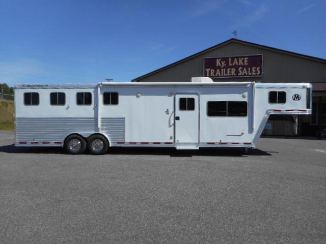 2007 Featherlite 4H Horse Trailer