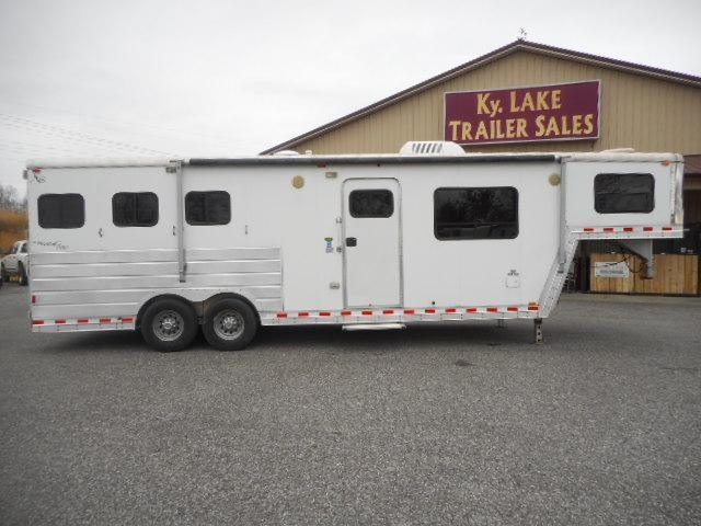 2005 Kiefer Built Genesis X-E 103 Horse Trailer