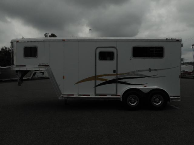 2003 Exiss 2H Horse Trailer