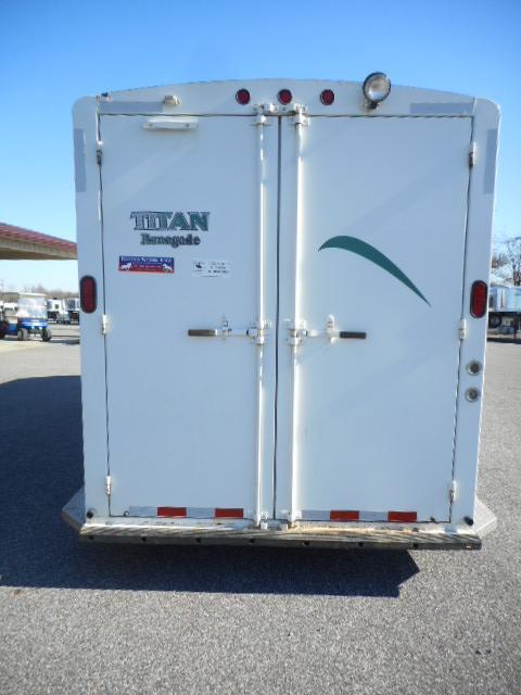 2003 Titan 3H Renegade Horse Trailer