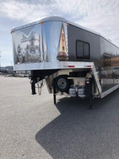2019 Merhow Trailers 8010.5 ST-COMBO Horse Trailer
