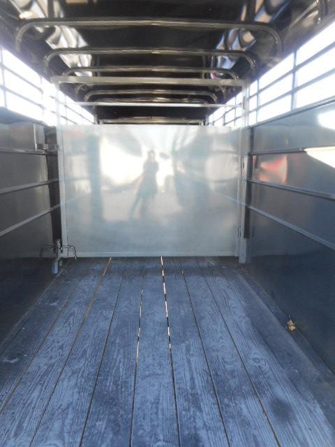 2017 Calico Trailers 16 GN-STOCK Horse Trailer