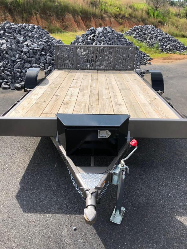 2019 Diamond C 33 UVT 12x83 Utility Trailer in Ashburn, VA