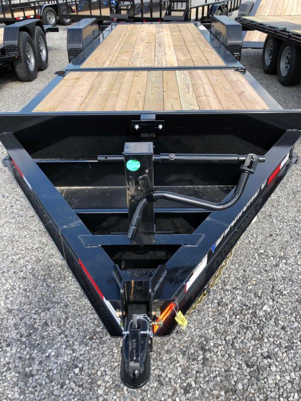 2019 Diamond C HDT 207-22x82 Flatbed Trailer in Ashburn, VA