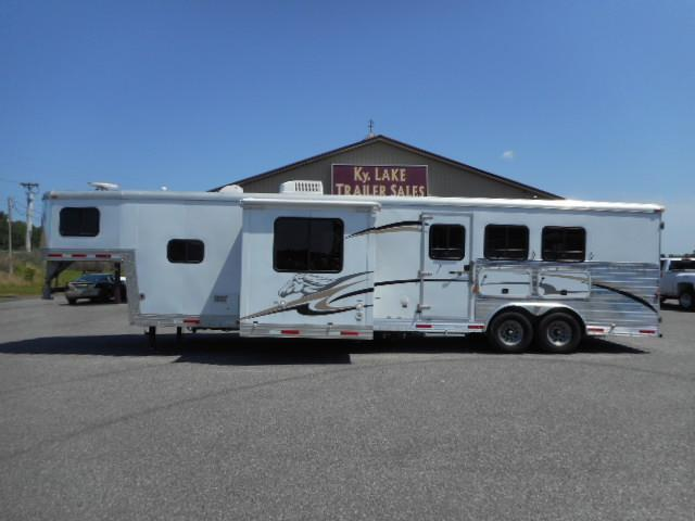 2007 Bison 8314 Horse Trailer in Ashburn, VA