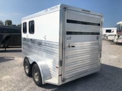 2012 C&M 2H BP Horse Trailer