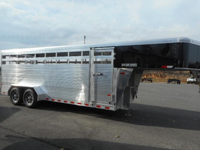 2018 Sundowner Rancher Express 20 GN Horse Trailer
