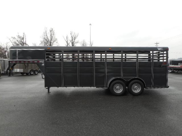 2018 Ranch King 20' Livestock Trailer