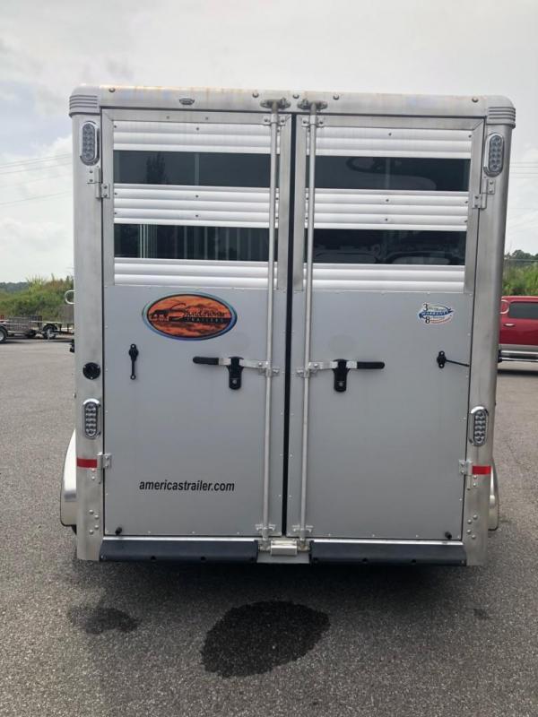 2018 Sundowner 3H GN Super Sport Horse Trailer