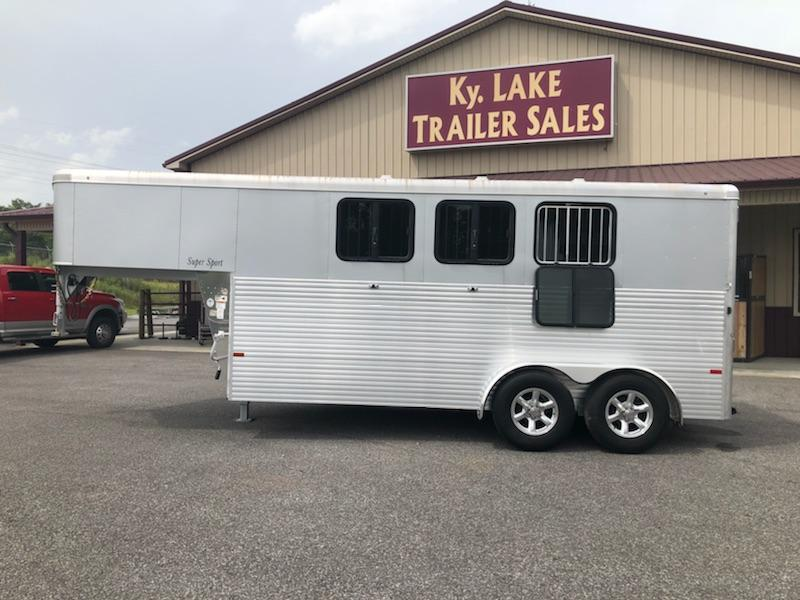 2018 Sundowner 3H GN Super Sport Horse Trailer