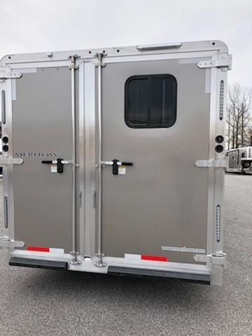 2019 Merhow  8316 RK-S Horse Trailer