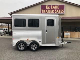 2019 Merhow 2H BP Super Sport Horse Trailer