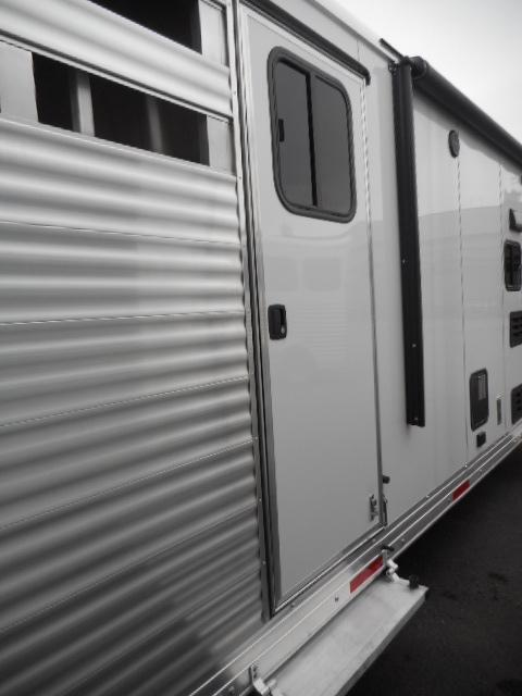2018 Merhow Trailers 8009 RK-N/S Stock Combo Livestock Trailer