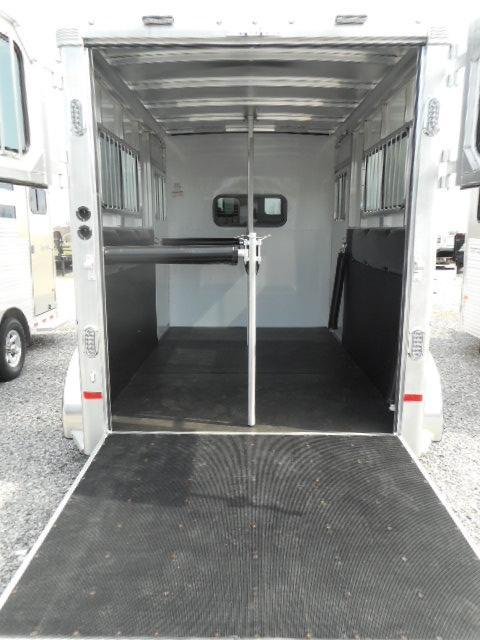 2018 Sundowner Trailers Charter 2H Straight Load Horse Trailer