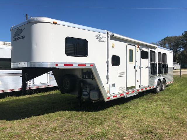 2012 Merhow Trailers 8 wide 4 horse w/ 8' lq Horse Trailer