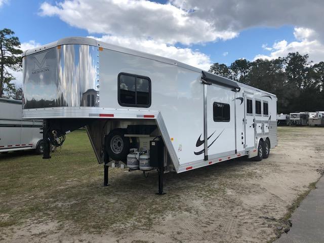 2019 Merhow Trailers 8 wide 3 horse w/13.6' lq & slide Horse Trailer