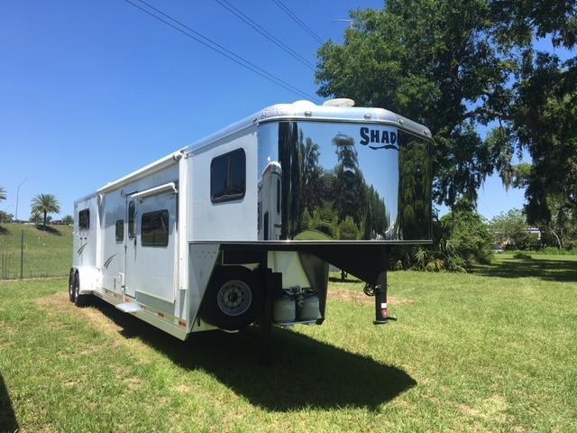 2013 Shadow Trailers 3 horse w/16lq and dbl slide Horse Trailer