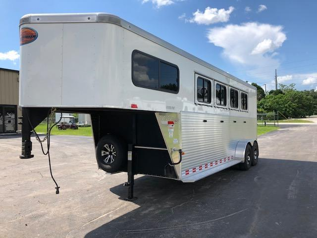 2015 Sundowner Trailers 4 horse gooseneck w/dressing room Horse Trailer
